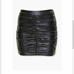 NWT Ruched Faux Leather Mini Skirt